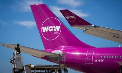 Icelandic budget airline WOW Air ceases operations, stranding passengers