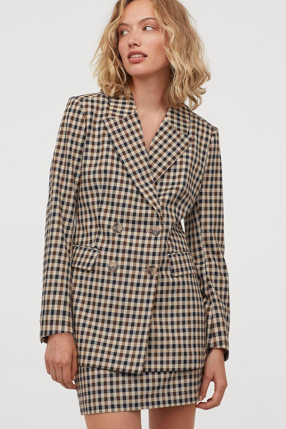 <p>Got an impromptu business meeting? Enter this <span>Patterned Jacket</span> ($60).</p>