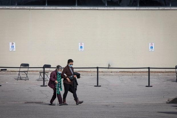 The city will allow walk-insat its Toronto Congress Centre COVID-19 mass vaccination clinic starting on Thursday. (Evan Mitsui/CBC - image credit)
