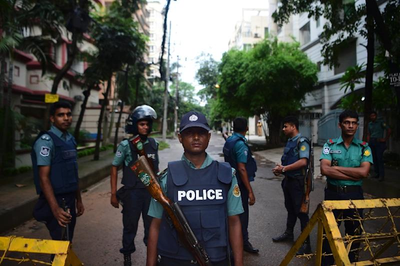 Six young men were shot dead Saturday at the end of the all-night siege in a Dhaka cafe claimed by the Islamic State group (AFP Photo/)