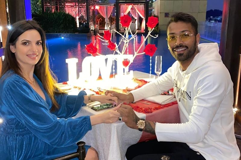 Hardik Pandya, Natasa Stankovic Make for a Gorgeous Couple in This Adorable Pic