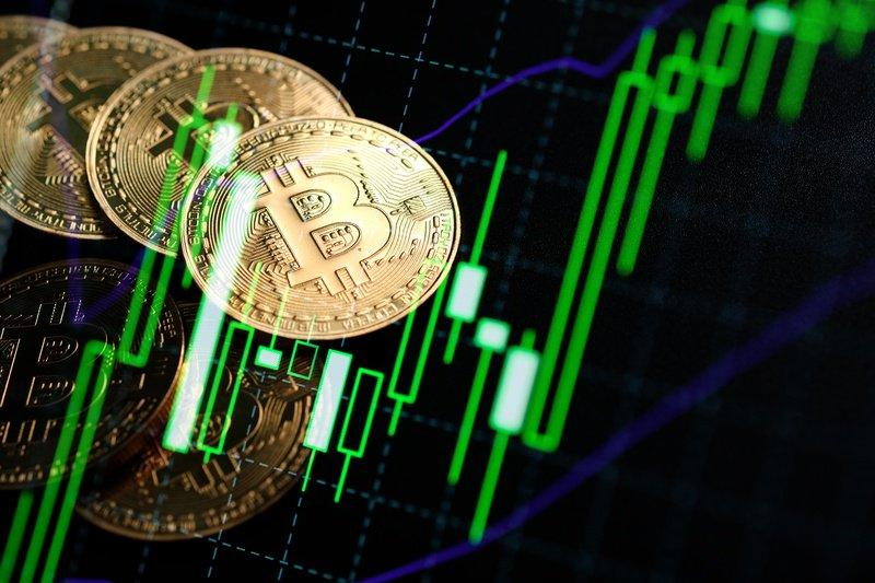 Bitcoin price climbs to a new high before the end of H1 2019 as analysts predict the bull momentum to break it's all-time high. | Source: Shutterstock
