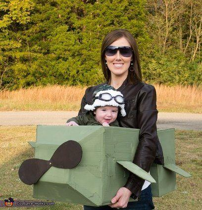 "Vía <a href=""http://www.costume-works.com/costumes_for_babies/aviator-pilot-baby.html"" target=""_blank"">Costume-Works.com</a>"