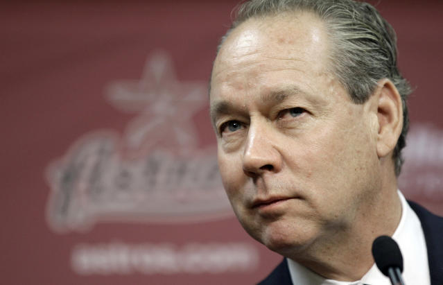 "<a class=""link rapid-noclick-resp"" href=""/mlb/teams/houston/"" data-ylk=""slk:Astros"">Astros</a> owner Jim Crane thinks 10-year deals are on the way out in MLB. (AP Photo/David J. Phillip)"