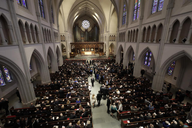 <p>Attendees arrive at St. Martin's Episcopal Church for a funeral service for former first lady Barbara Bush, Saturday, April 21, 2018, in Houston. (Photo: David J. Phillip, Pool/AP) </p>