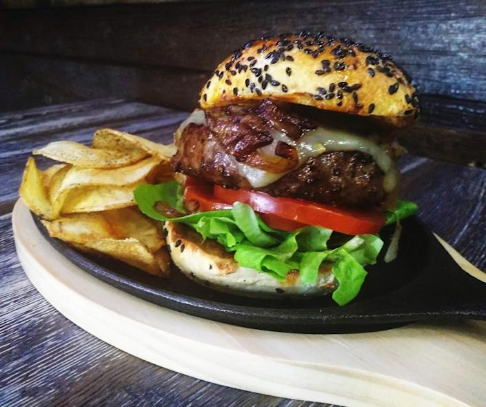 Raised on Country Burgers & Grill offers a wide range of wild game burgers and farm-to-table, hand-cut meat (Photo courtesy of Bo Lawrence)