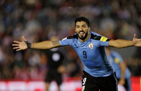 Soccer Football - 2018 World Cup Qualifiers - Paraguay v Uruguay - Defensores del Chaco stadium, Asuncion, Paraguay - September 5, 2017. Uruguay's Luis Suarez celebrates after a goal against Paraguay. REUTERS/Mario Valdez