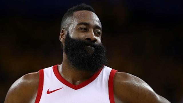 Metta World Peace believes Rockets star James Harden is the obvious candidate for the NBA's MVP award.