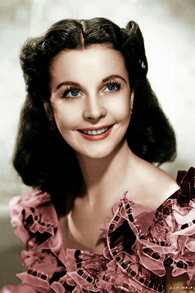 <p>The English actress maintained her accent during her first reading - her enunciated, regal speech was a far cry from Scarlett's and nearly cost her the roll.</p>
