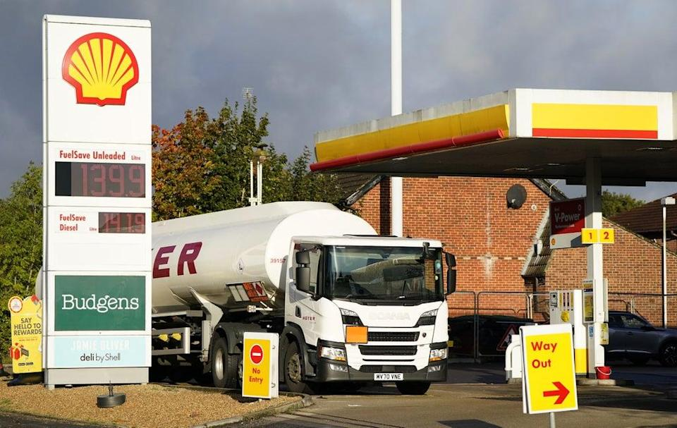 Fuel stock levels at Britain's filling stations recovered to an average of 25% at the end of last week, new figures show (Andrew Matthews/PA) (PA Wire)