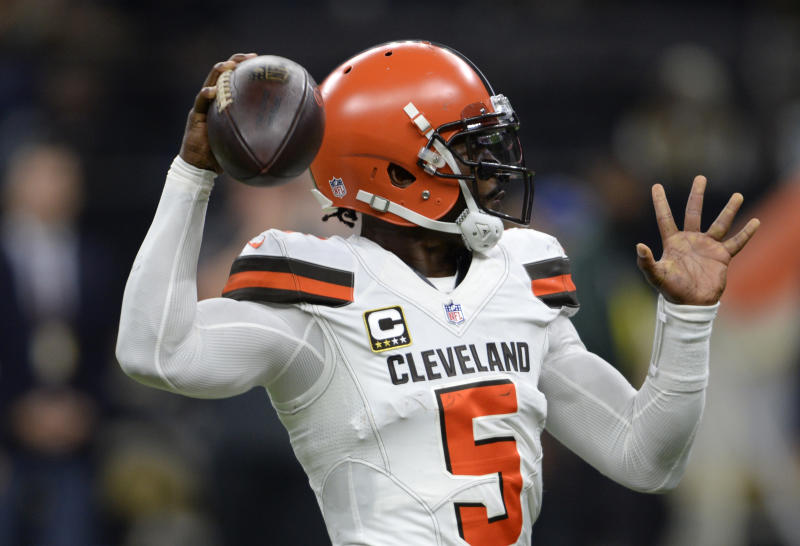 Browns QB Taylor practices after concussion 8594a65a7