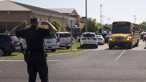 PHOTO: An officer directs traffic following a shooting at Noblesville West Middle School in Noblesville, Ind., May 25, 2018. (Robert Scheer/IndyStar via USA Today Network)