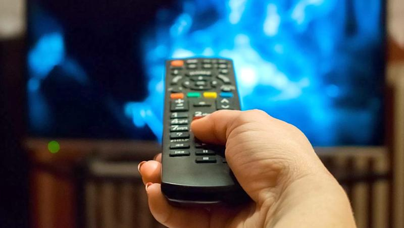 Cable Operators Stop Broadcasting Across India During Prime Time; TV Channels To Remain Blacked Out Till 10 PM