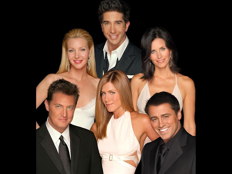 """Friends"" cast: Matthew Perry, Lisa Kudrow, David Schwimmer, Jennifer Aniston, Courteney Cox Arquette and Matt LeBlanc, (l-r), photo on black"