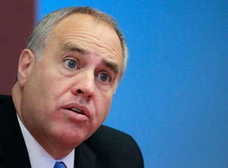 FILE PHOTO: New York State Comptroller Thomas DiNapoli speaks during an interview with Reuters in New York, October 18, 2010.   REUTERS/Brendan McDermid