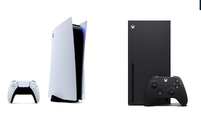 (L-R) The new Sony PlayStation 5 and the Xbox Series X.