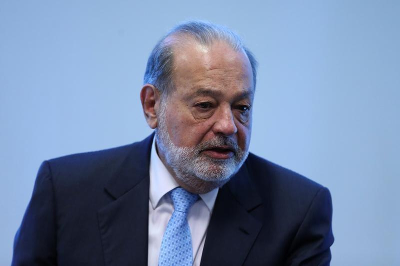 Mexican billionaire Carlos Slim speaks during a news conference in Mexico City