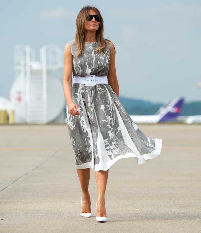 <p>The First Lady opted for a sleeveless dress and co-ordinating accessories for a trip to a children's hospital as part of her 'Be Best' campaign. <em>[Photo: Getty]</em> </p>