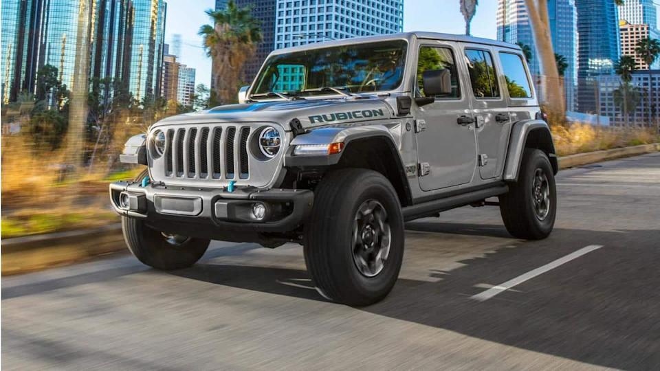 Jeep Wrangler 4xe PHEV updated with new 4WD electric mode