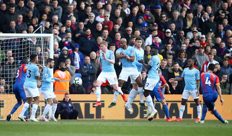 Milivojevic's late free-kick gave Palace hope in the closing stages. (Credit: Getty Images)
