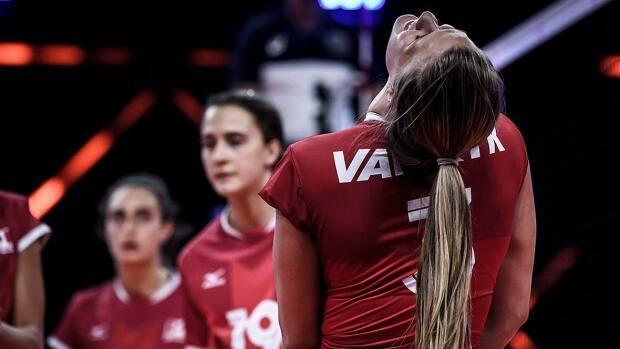Turkey scored eight unanswered points to pull out a 25-23 win over Canada, pictured, on the way to a five-set victory in women's Volleyball Nations League action on Monday in Rimini, Italy. (Submitted by volleyballworld.com - image credit)