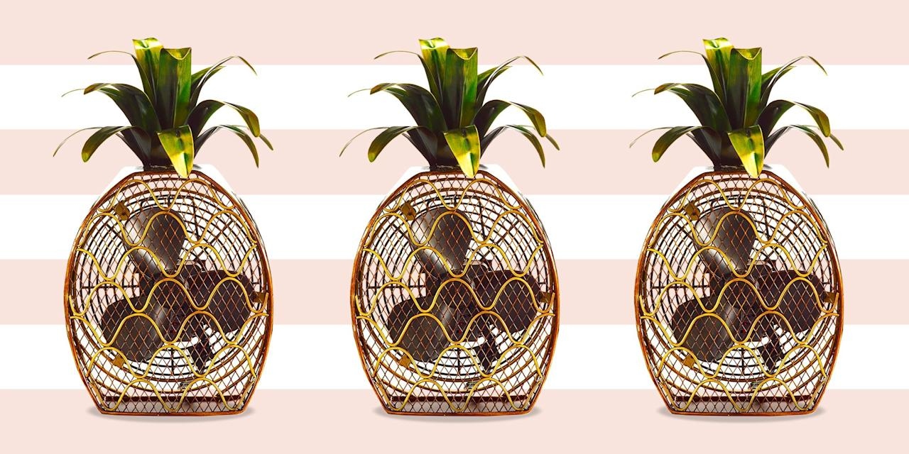 """<p>When the peak of summer makes things blisteringly hot, you reach for a fan in a desperate attempt to cool things down. Unfortunately, when you're <a href=""""https://www.bestproducts.com/home/decor/g26253760/small-apartment-decor-ideas/"""" target=""""_blank"""">living in a small apartment</a> or living space, you don't always have the luxury of buying the biggest, most powerful fan available. </p><p>You've got to balance out powerful air-circulating capabilities with small frames, and that's where these 10 great picks come in.<br> Whether you have one room or a studio apartment to work with, these powerful electric fans are mini yet mighty, and capable of cooling you (and your sweltering abode) down fast. So long, summer blues! Hello, cooling comfort!<br> </p>"""