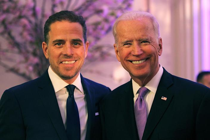 Hunter Biden and his father, then-Vice President Joe Biden, in April 2016. (Photo: Teresa Kroeger/Getty Images for World Food Program USA)