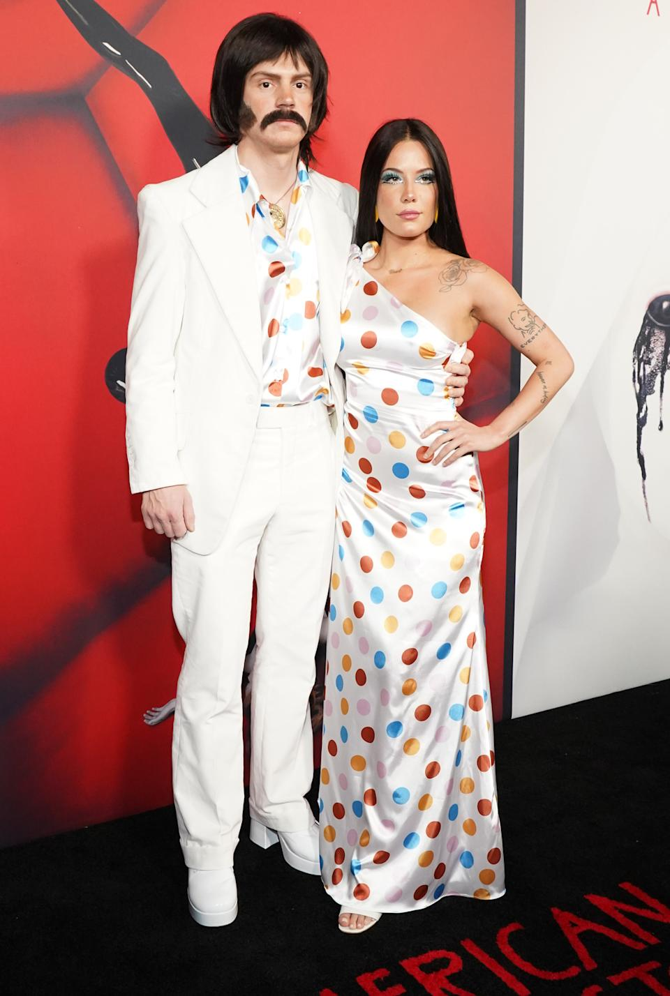 """HOLLYWOOD, CALIFORNIA - OCTOBER 26: (L-R) Evan Peters and Halsey attend FX's """"American Horror Story"""" 100th Episode Celebration at Hollywood Forever on October 26, 2019 in Hollywood, California. (Photo by Rachel Luna/FilmMagic)"""