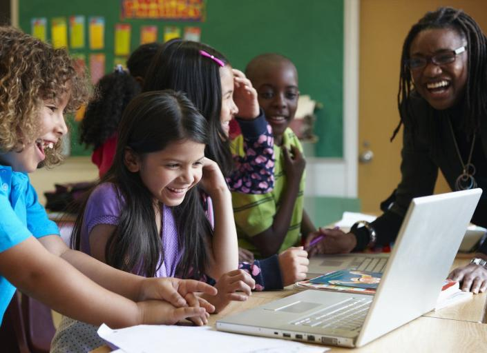 "<span class=""caption"">Many kids use screens all day long and are adept at reading what they see on them.</span> <span class=""attribution""><a class=""link rapid-noclick-resp"" href=""https://www.gettyimages.com/detail/photo/students-using-laptop-in-classroom-royalty-free-image/104737316"" rel=""nofollow noopener"" target=""_blank"" data-ylk=""slk:LWA/Dann Tardif/DigitalVision via Getty Images"">LWA/Dann Tardif/DigitalVision via Getty Images</a></span>"