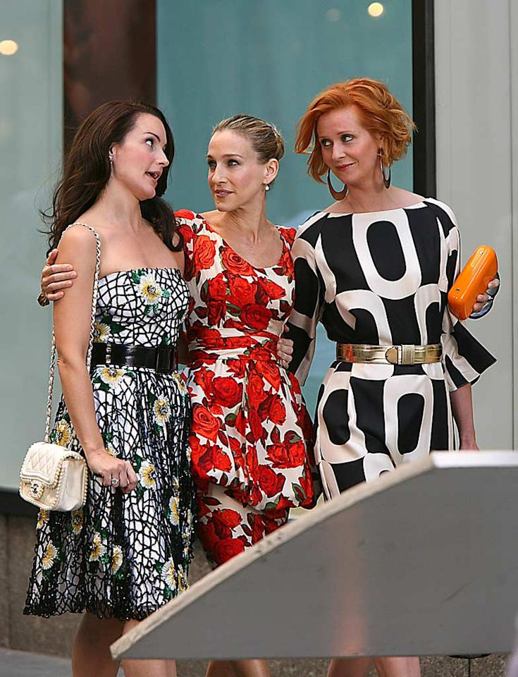 "Charlotte (Kristin Davis), Carrie, and Miranda (Cynthia Nixon) stand out on the busy streets of Manhattan in their bold prints. Jennifer Mitchell/Colin Drummond/<a href=""http://www.splashnewsonline.com/"" target=""new"">Splash News</a> - September 24, 2007"