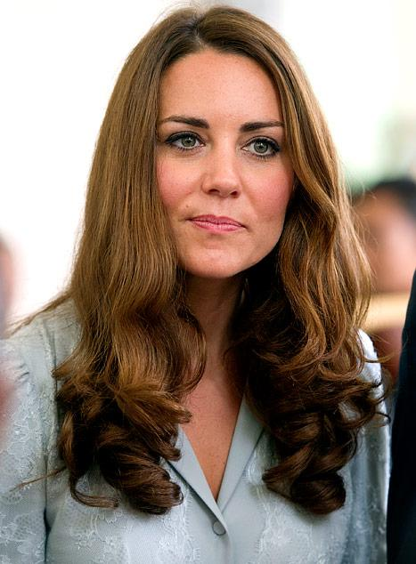 Kate Middleton Topless Photos Published in French Magazine