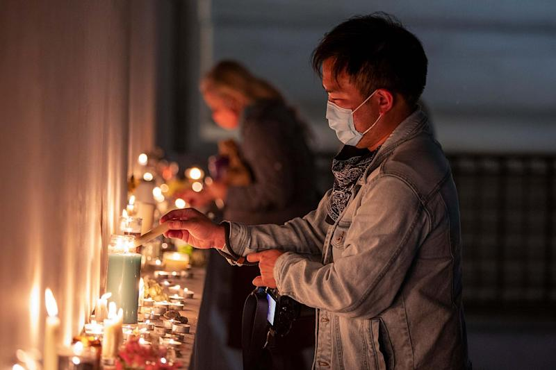 People gather to mourn the passing of Supreme Court Justice Ruth Bader Ginsburg (Getty Images)