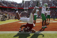 CORRECTS ID TO ELIJAH HIGGINS NOT JAYLON REDD - Stanford's Elijah Higgins makes a touchdown catch against Oregon during the second half of an NCAA college football game in Stanford, Calif., Saturday, Oct. 2, 2021. (AP Photo/Jed Jacobsohn)