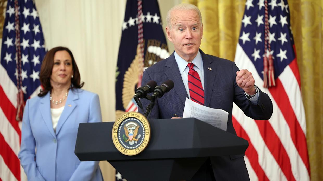 U.S. President Joe Biden delivers remarks alongside Vice President Kamala Harris on the Senate's bipartisan infrastructure deal at the White House on June 24, 2021 in Washington, DC. (Kevin Dietsch/Getty Images)