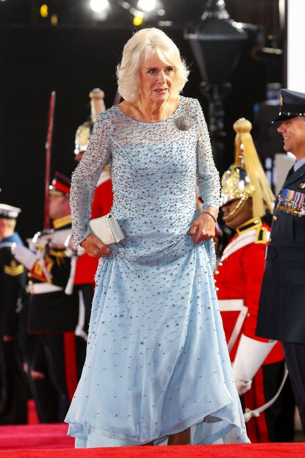 The Duchess of Cornwall paired her embellished gown with a white clutch. (Photo: Chris Jackson via Getty Images)