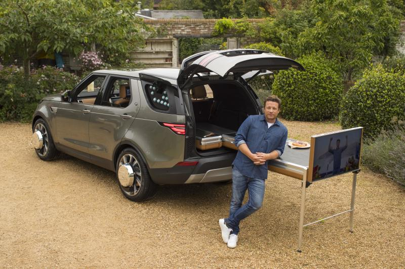 JAMIE OLIVER WITH HIS FAMILY AT HIS ESSEX FARM AUG 2017<br /> DISCOVERY 5 SVO<br /> PHOTOGRAPHED BY NEALE HAYNES
