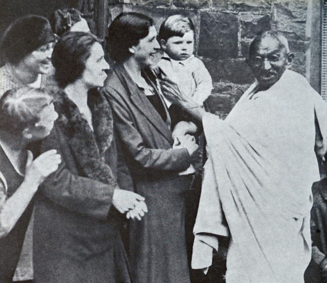 Mahatma Gandhi visits Lancashire's cotton mills in 1931, during his tour of England. Mohandas Gandhi (1869 Ð 1948) was the preeminent leader of the Indian independence movement in British-ruled India. (Photo by: Universal History Archive/Universal Images Group via Getty Images)