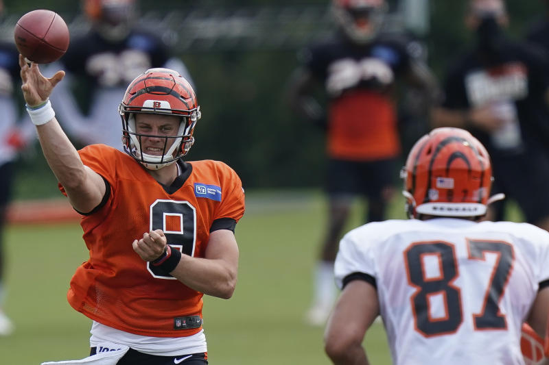Can the Cincinnati Bengals have a historic improvement with new quarterback Joe Burrow? (AP Photo/Bryan Woolston, File)