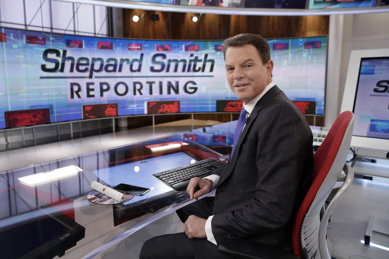 """FILE - In this Jan. 30, 2017, file photo, Fox News Channel chief news anchor Shepard Smith on The Fox News Deck before his """"Shepard Smith Reporting"""" program, in New York. Smith has signed a multi-year contract with the network. 21st Century Fox and Fox News Executive Chairman Rupert Murdoch announced the contract extension on Thursday. (AP Photo/Richard Drew, File)"""