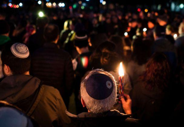 PHOTO: Members and supporters of the Jewish community come together in front of the White House for a candlelight vigil, in remembrance of those who died earlier in the day during a shooting at the Tree of Life Synagogue in Pittsburgh, Oct. 27, 2018. (Andrew Caballero-Reynolds/AFP/Getty Images)