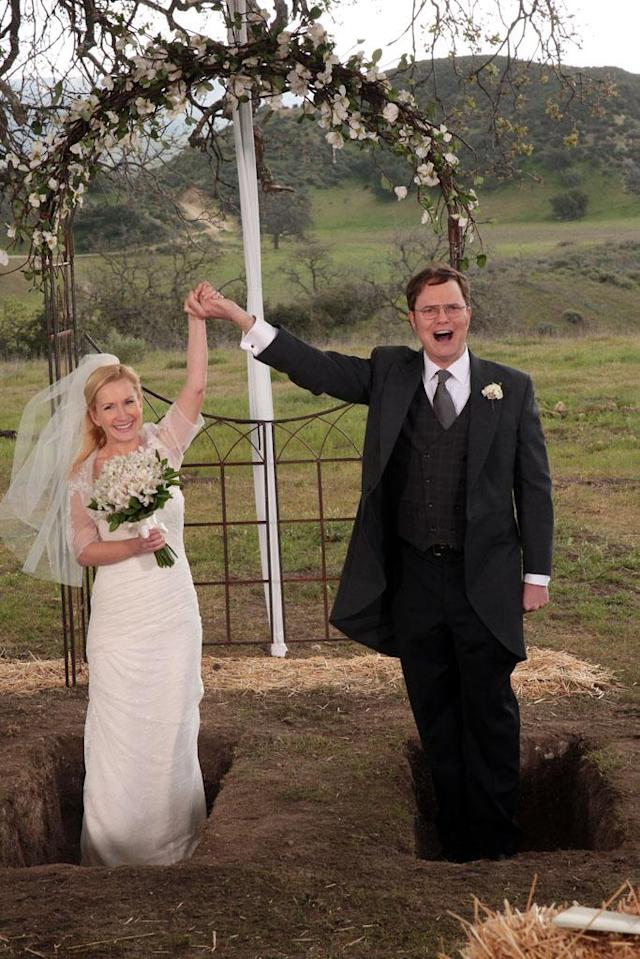 """Finale"" Episode 924/925 -- Pictured: (l-r) Angela Kinsey as Angela Martin, Rainn Wilson as Dwight Schrute"