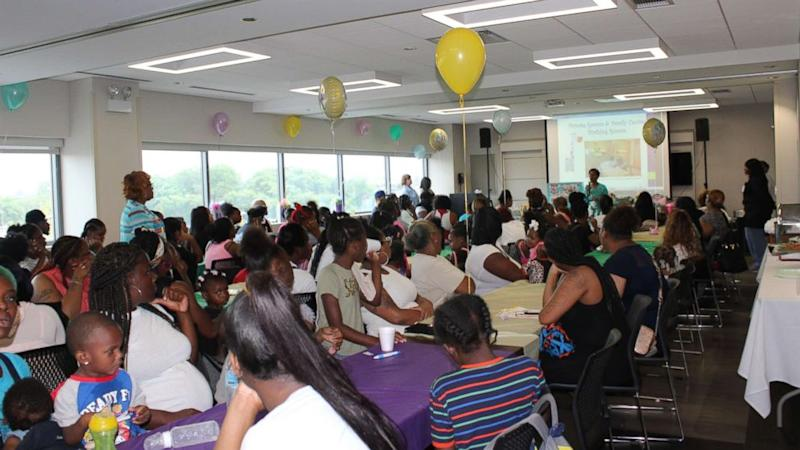 Hospital in high-poverty Chicago neighborhood throws baby shower for ...