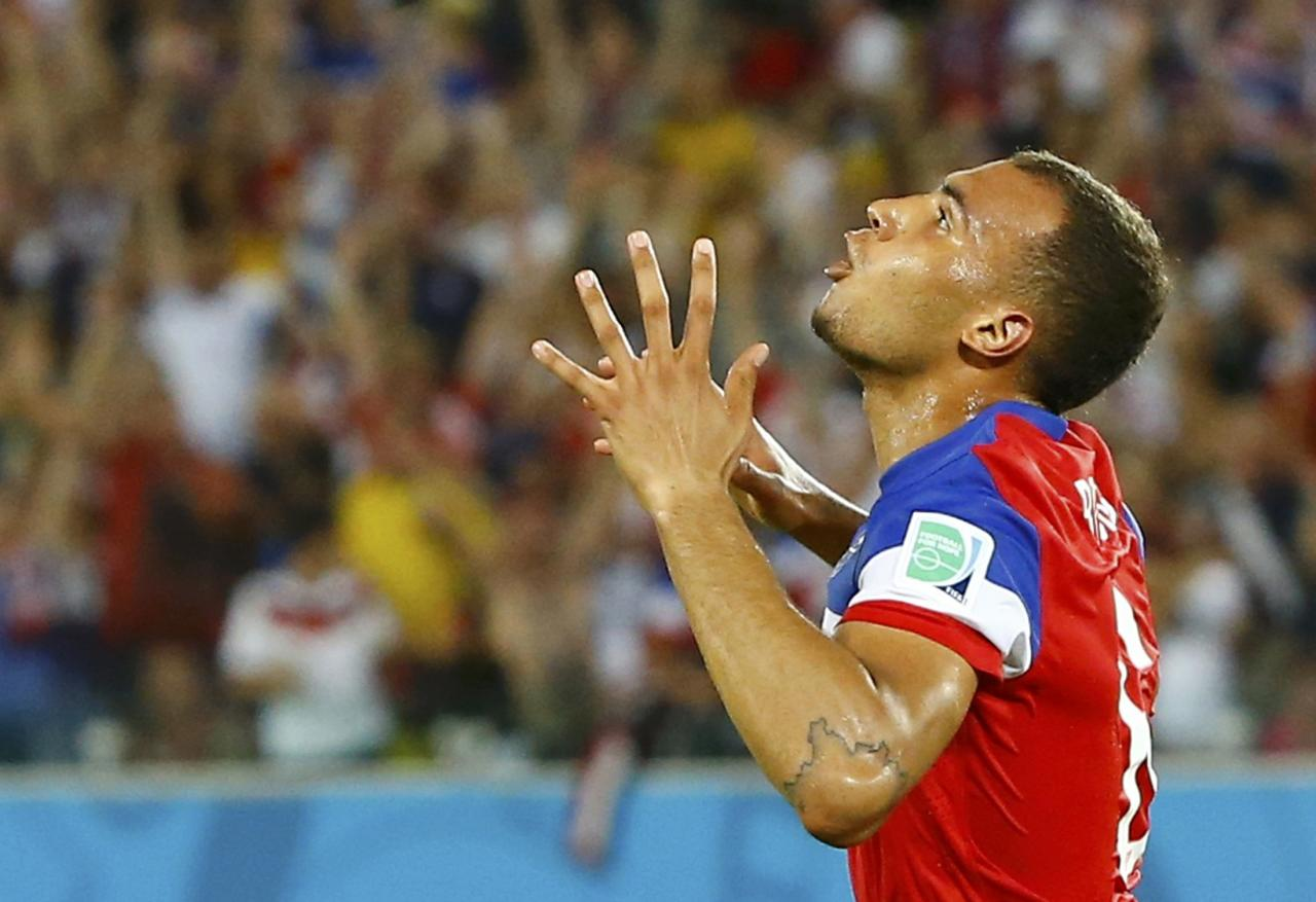 John Brooks of the U.S. celebrates his goal against Ghana during their 2014 World Cup Group G soccer match at the Dunas arena in Natal June 16, 2014. REUTERS/Stefano Rellandini (BRAZIL - Tags: SOCCER SPORT WORLD CUP) TOPCUP