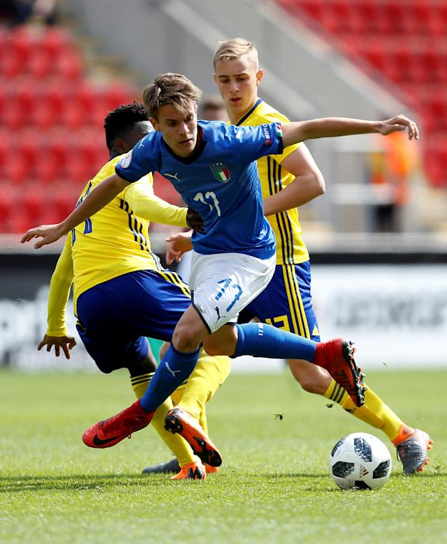 Soccer Football - UEFA European Under-17 Championship Quarter-Final - Italy vs Sweden - New York Stadium, Rotherham, Britain - May 13, 2018 Italy's Andrea Mattioli in action Action Images via Reuters/Ed Sykes