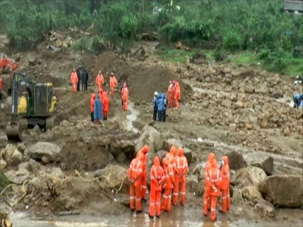 Rescue operations underway at the site of the landslide in Rajamala (Photo/ANI)