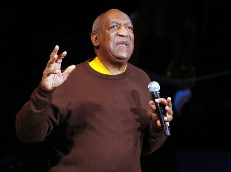 "Le comédien Bill Cosby lors de son spectacle ""A Celebration of Paul Newman's Hole in the Wall Camps"" au Avery Fisher Hall, à New York, le 2 octobre 2010"