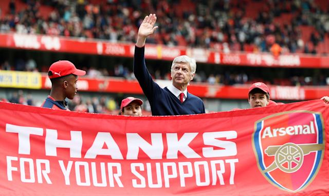 "FILE PHOTO: Soccer Football - Arsenal v Aston Villa - Barclays Premier League - Emirates Stadium - May 15, 2016 Arsenal manager Arsene Wenger during the lap of honour at the end of the match REUTERS/Stefan Wermuth/File Photo EDITORIAL USE ONLY. No use with unauthorized audio, video, data, fixture lists, club/league logos or ""live"" services. Online in-match use limited to 45 images, no video emulation. No use in betting, games or single club/league/player publications. Please contact your account representative for further details."