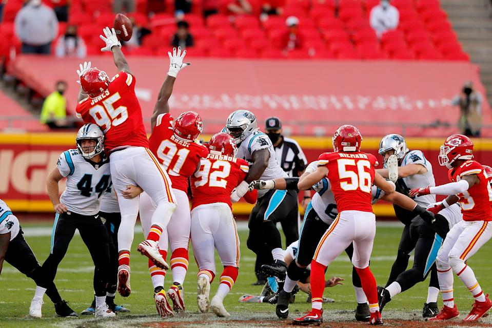 Carolina Panthers kicker Joey Slye's 67-yard field-goal try was no good against the Kansas City Chiefs. (Photo by David Eulitt/Getty Images)