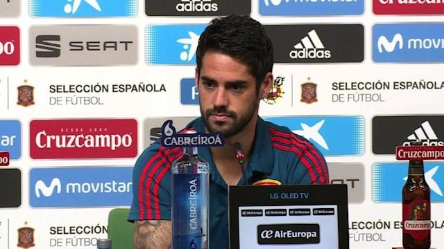 Spain midfielder Isco Alarcon says new coach Fernando Hierro 'knows what he's doing' and hasn't made many changes to the team and their World Cup strategy, ahead of their Group B match against Iran.