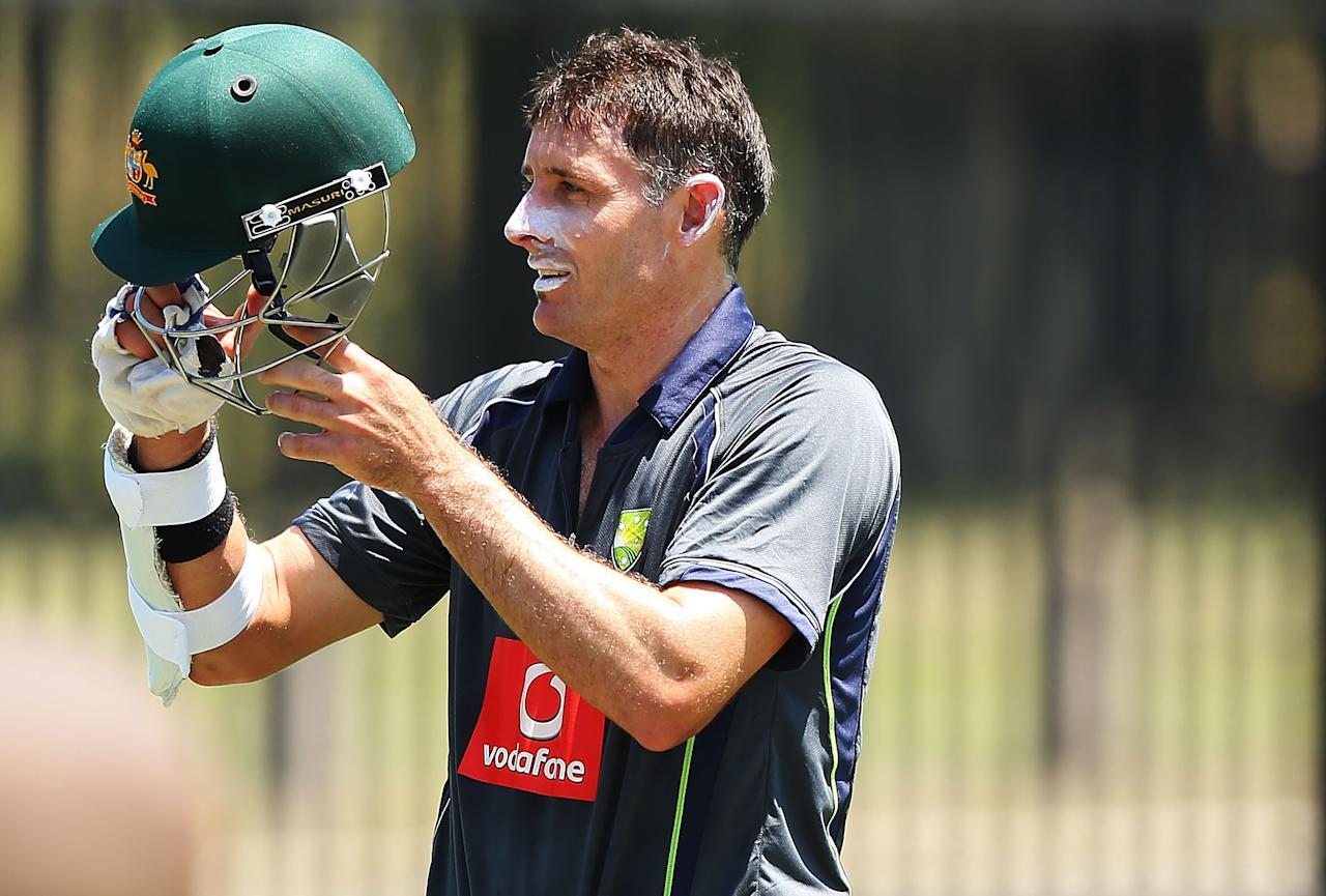 SYDNEY, AUSTRALIA - JANUARY 01:  Michael Hussey of Australia prepares to bat during an Australian nets session at Sydney Cricket Ground on January 1, 2013 in Sydney, Australia.  (Photo by Brendon Thorne/Getty Images)